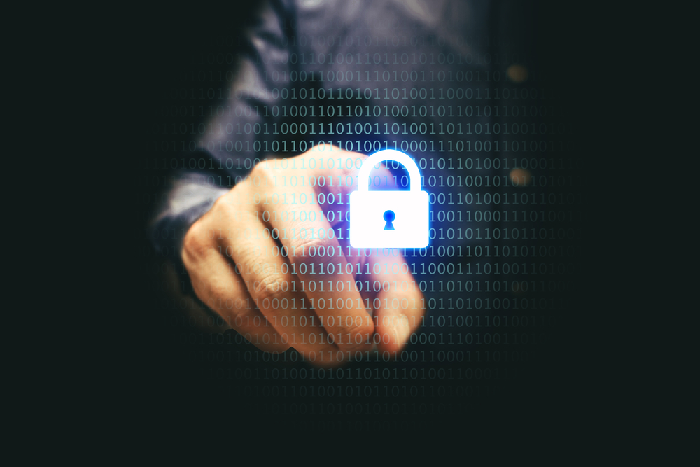 Doua treimi dintre europeni sufera de stres cibernetic